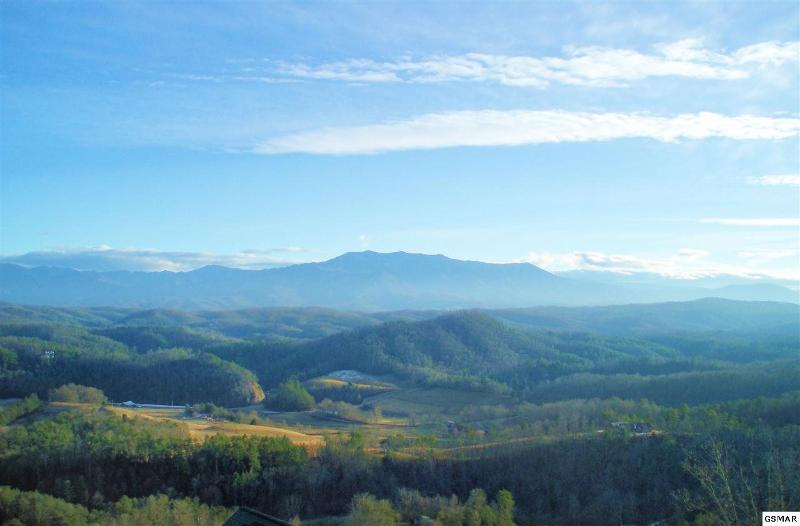 "Come experience ""Our Smoky Mountain View"". - Come experience ""Our Smoky Mountain View"" - Pigeon Forge - rentals"