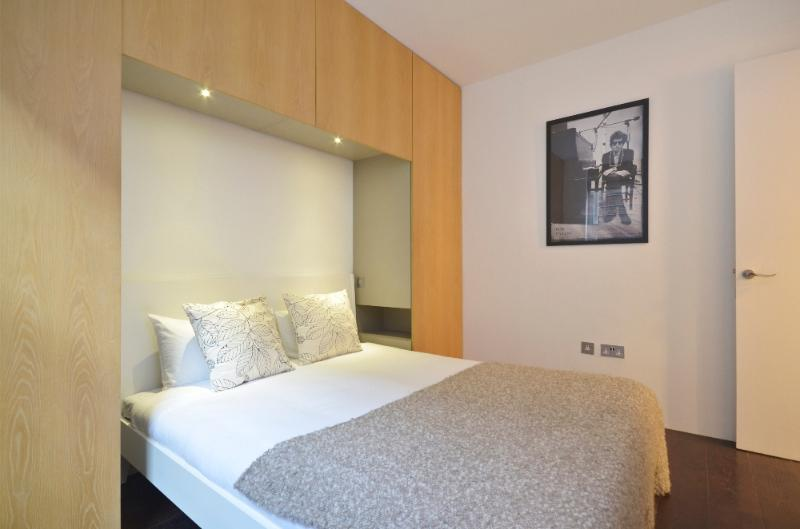 uberlondonapartments - bedroom - Trafalgar House 3 - London - rentals