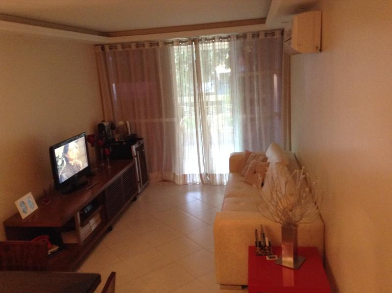 LIVING ROOM - GREAT APARTMENT IN THE BEST RESIDENCIAL AREA IN RIO DE JANEIRO , CLOSE TO THE BEACHES - Barra de Guaratiba - rentals