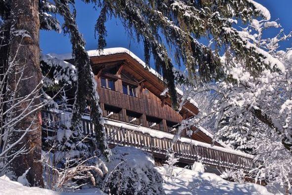 Chalet Rental: 5 Bedrooms, Sleeps 17 In Chamonix - Image 1 - Chamonix - rentals