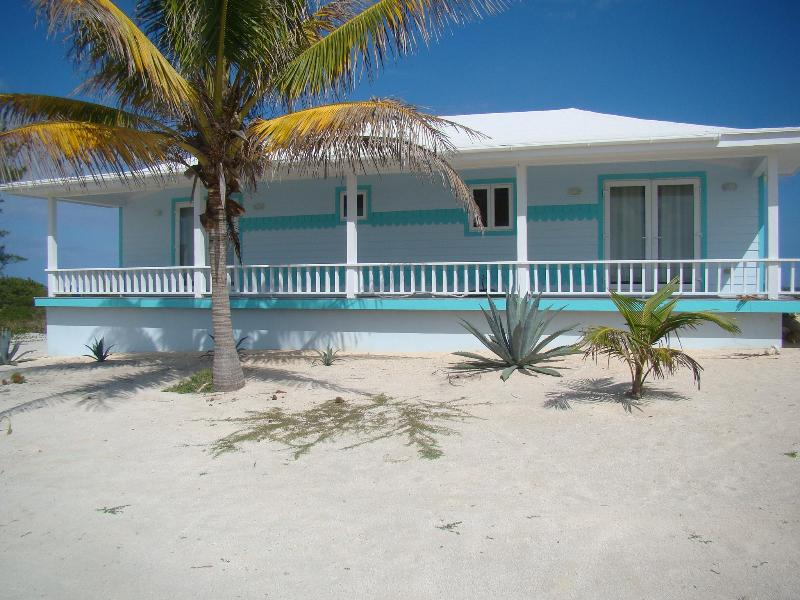 Cottage View - Escape to Oceanfront cottage at Whale Point, Baham - Eleuthera - rentals