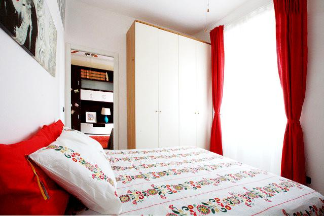 At request two single beds can be prepared instead of a double bed - Cosy, central and well connected - Milan - rentals