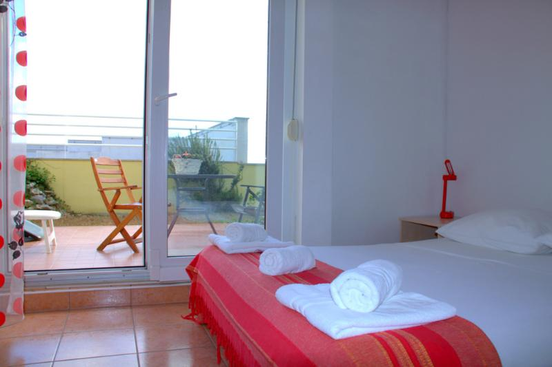 Beachfront Studio Apartment in Split for 3 Adults on Žnjan Beach (A1) - Image 1 - Split - rentals