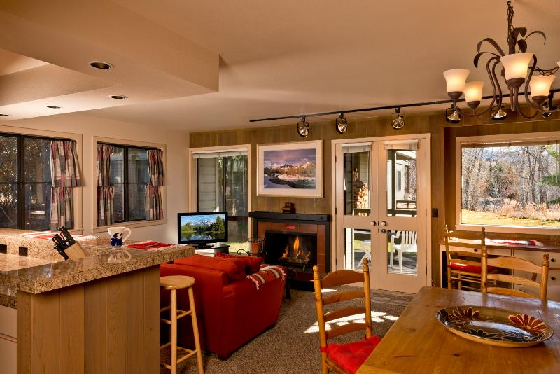 Your new home away from home - Sun Valley Cottonwood Condo from $99/Night with Resort Passes! - Sun Valley - rentals