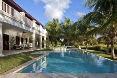 Delightful 5 Bedroom Villa with Private Jacuzzi & Swimming Pool in Punta Cana - Image 1 - Punta Cana - rentals