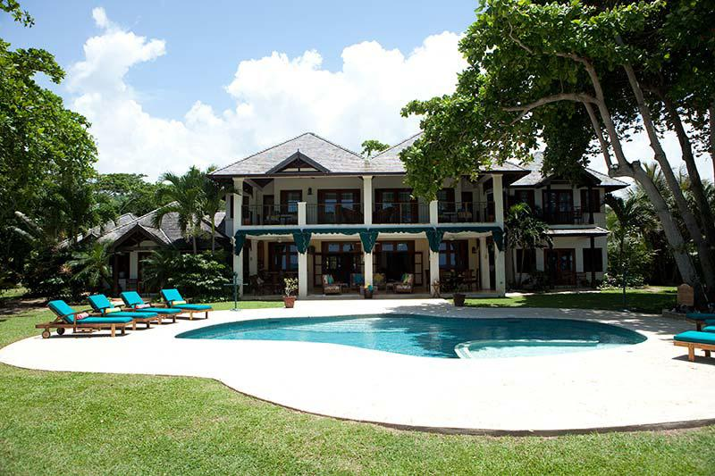 Malatai on the Beach - Ideal for Couples and Families, Beautiful Pool and Beach - Image 1 - Ocho Rios - rentals