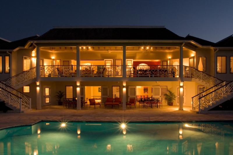 Perfect for Large Family Groups, Chef & Butler, Heated Pool, Games Room, Resort Amenities - Image 1 - Montego Bay - rentals