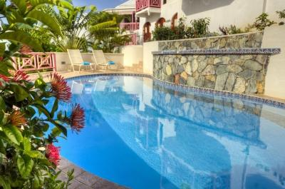 Majestic 5 Bedroom Villa with Private Terrace in the West End - Image 1 - West End - rentals