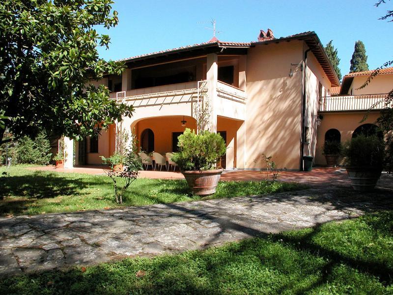 Villa Loggiato - Image 1 - Vicchio - rentals