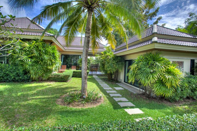 Modern 2 Bedroom Villa for Rent in NaiHarn Resort - Image 1 - Nai Harn - rentals