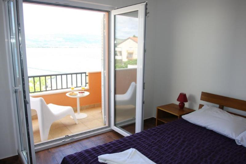 Apartment Bela A1 - New apartment (2013) by the sea - Image 1 - Arbanija - rentals