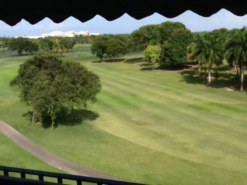 View from the balcony. - comfortable & exclusive villa @ Wyndham RioMar - Rio Grande - rentals