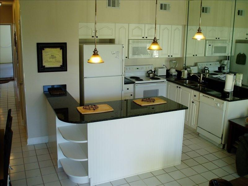 Granite CounterTops and Bar in Kitchen - Gulf Place Cabanas 110-Big Covered Patio-1st Floor - Santa Rosa Beach - rentals