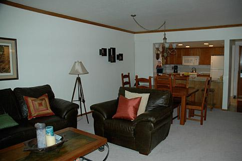 Living Room - IDEAL MAIN STREET LOCATION & Great Rates! - Park City - rentals