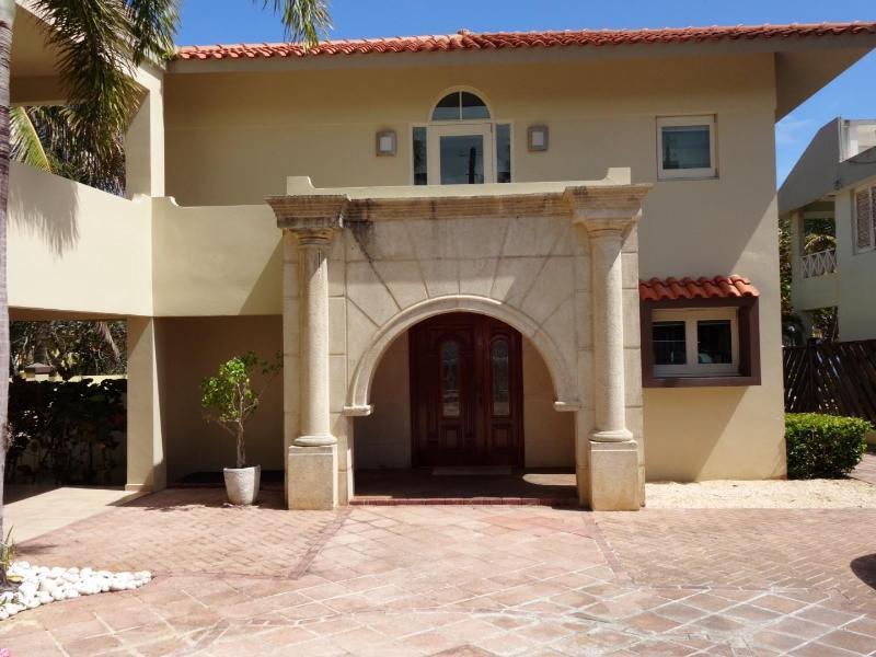 Main Entrance of the Villa - Up to 40% Off%! Exclusive Dorado Oceanfront Villa - Dorado - rentals