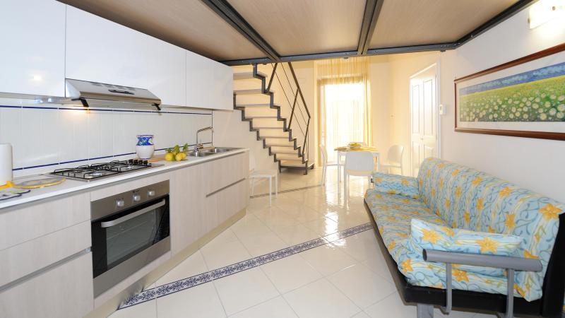 Combined kitchen, dining, living - Amalfi APT casa Gardenia - Amalfi - rentals