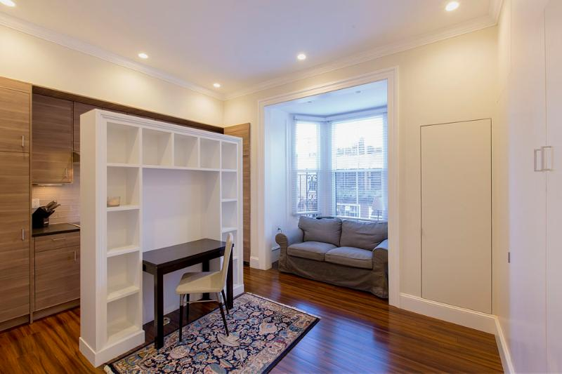 Beacon Hill Boston Furnished Studio - 94 Charles Street Unit 3 - Image 1 - Boston - rentals