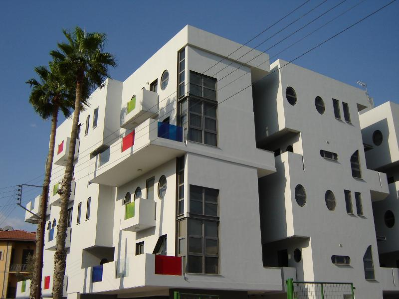 The loft- town center - 3 bedroom duplex with shared pool in  town center - Larnaca District - rentals