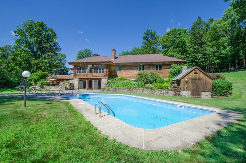 Secluded, Spectacular House with Mount Ascutney Vi - Image 1 - Perkinsville - rentals