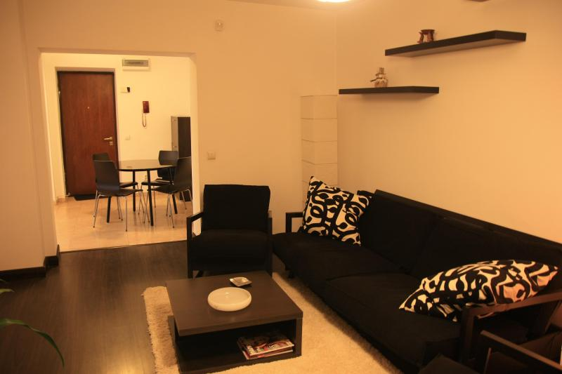 Living room - City Centre Apartment Unirii 68 sqm - Bucharest - rentals