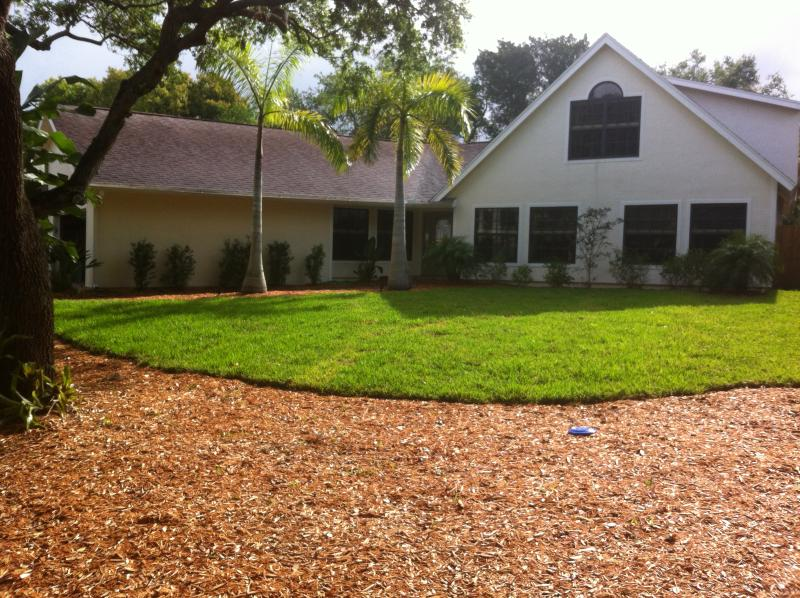 Front view - Kid friendly Luxury home on Siesta Key - Siesta Key - rentals