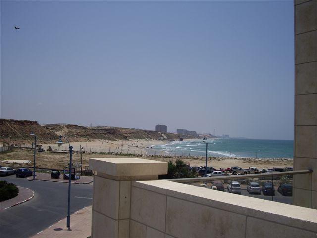 Balcony view - LUXURY 5* apt. 50m from the beach! - Herzlia - rentals