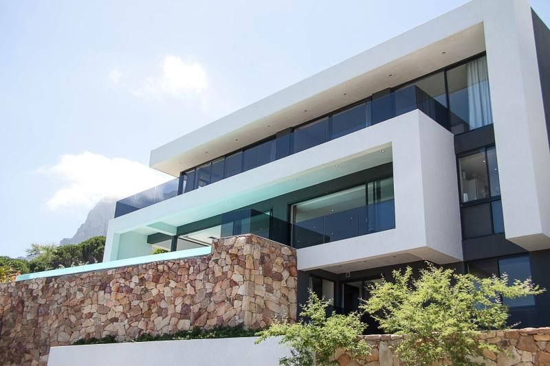 Rontree House - Image 1 - Camps Bay - rentals