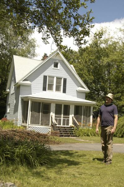 Your host enjoys gardening - Arts & Crafts Getaway in Catskill Mountains! - Livingston Manor - rentals