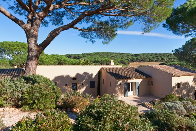 Luxury villa in Saint-Tropez, 5 bedrooms - Image 1 - Saint-Tropez - rentals