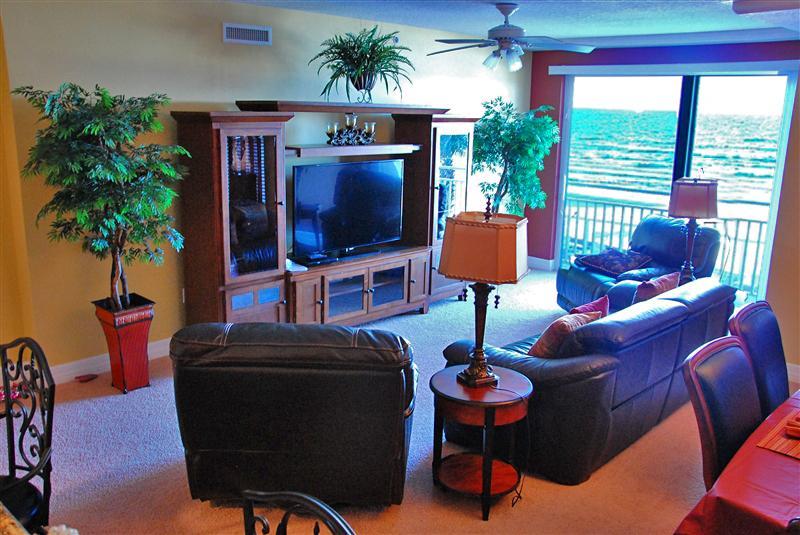 Relax with Style - Fall $pecials- Opus Condominium #204 - Tuscan Vineyards - Daytona Beach - rentals