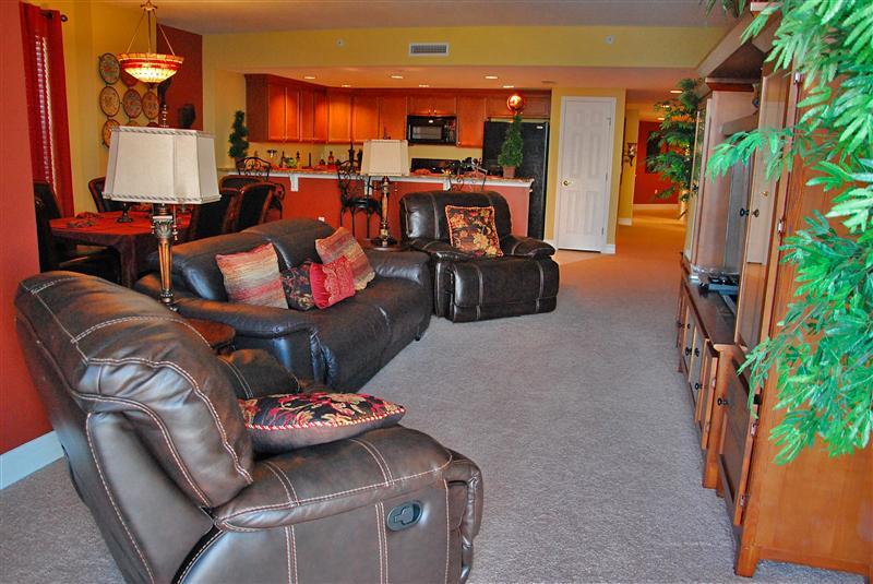 Oceanfront Living Room - $ummer $pecials- Opus#204 - Tuscan Vineyards - Daytona Beach - rentals