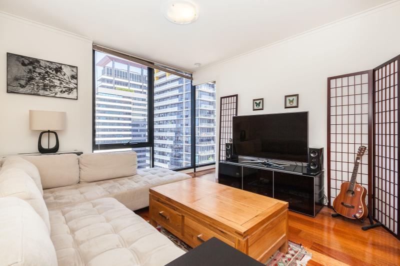 Entertainment - Piper - Melbourne - rentals