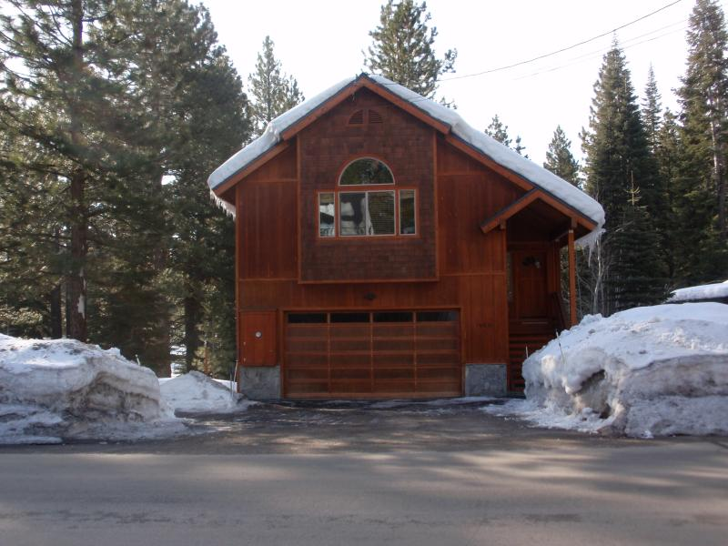 Charming Mountain House in Truckee near Northstar and Squaw - Image 1 - Truckee - rentals