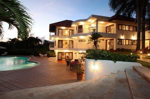 A 6 Bedroom Villa  Pool in casa de compo La Romana - Image 1 - La Romana - rentals