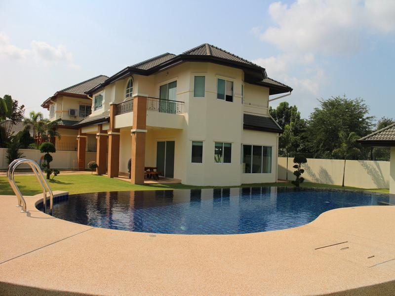 Villa Siam Country Club Pattaya - Image 1 - Sao Hai - rentals