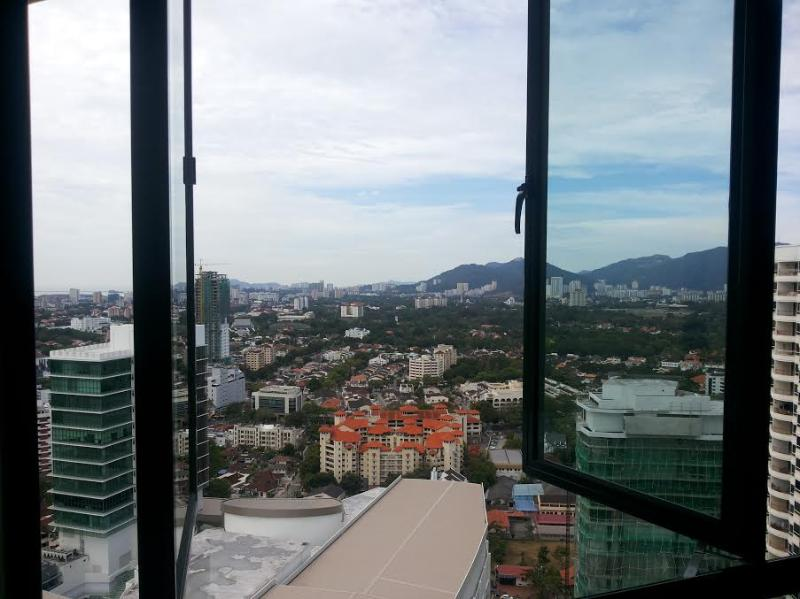 View from your room. - **ThePlace2B** The Maroon Room. Gurney area.. - Penang - rentals