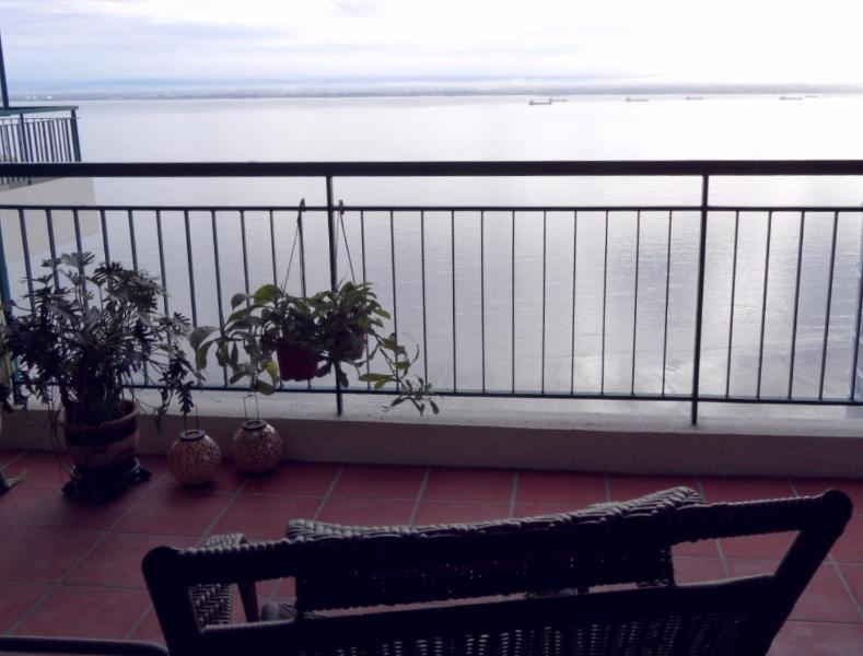 Your sea view from the front balcony. - **ThePlace2B** The Blue Room.Gurney Area. - Penang - rentals
