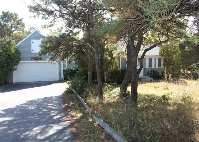 Private Beach Access - 1133 - Image 1 - North Eastham - rentals