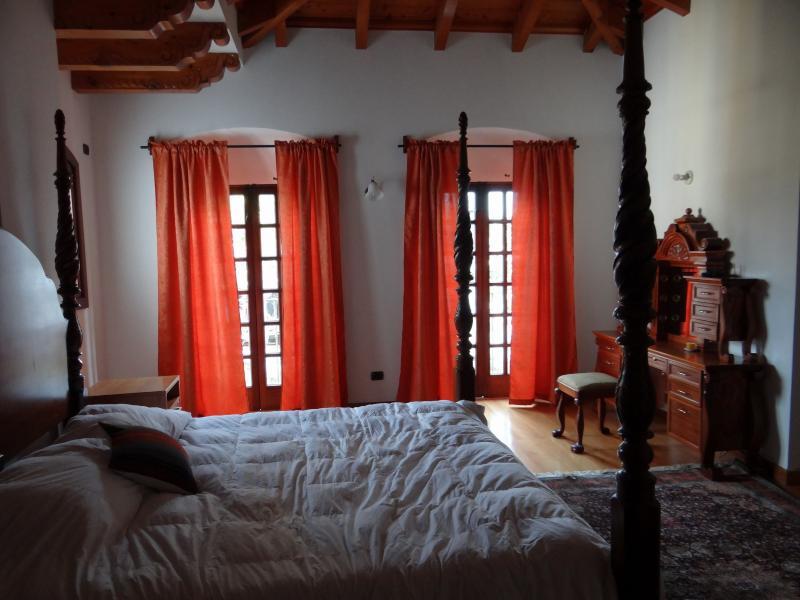 Superior Suite Bedroom - Superior Suite - Antigua Guatemala - rentals