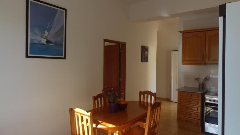 Kitchen - Nice 2 double bedroom Green Apartment 4 km beach - Almancil - rentals
