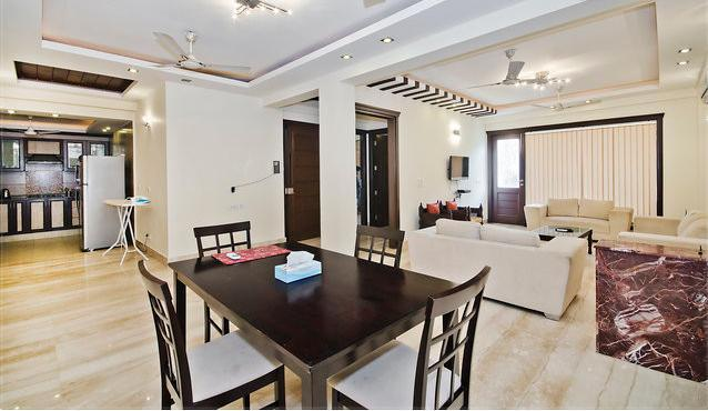 Modern Fully Furnished 3 Bedrooms Apartment with Living Room and Dining Area and WIFI - LUXURIOUS 3 BEDROOM NEW SERVICE APARTMENT SOUTH EX - New Delhi - rentals