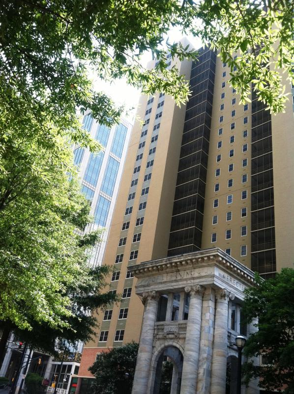 High rise in the heart of downtown Atlanta - Downtown Atlanta.  Walk to Everything.  Great Deal - Atlanta - rentals