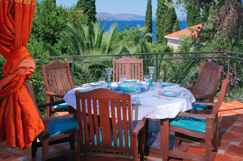 livingroom balcony - garden villa with the seaside view - sleeps 6-7 - Okrug Gornji - rentals
