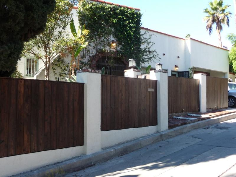 Property from the street - Location, location, location. - Los Angeles - rentals