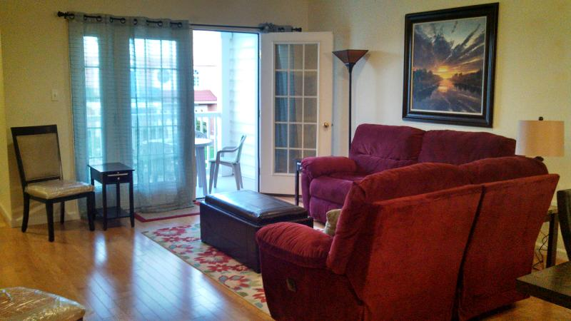 Living Room - View 1 - Family ONLY Beach Blk E24th Ave Townhome w/ Pool - North Wildwood - rentals