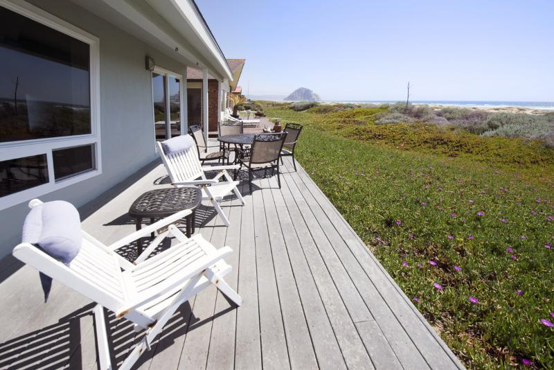 This amazing beachfront home in Morro Bay has pristine ocean and beach views. - Oceanfront Home! Amazing Views! - Morro Bay - rentals