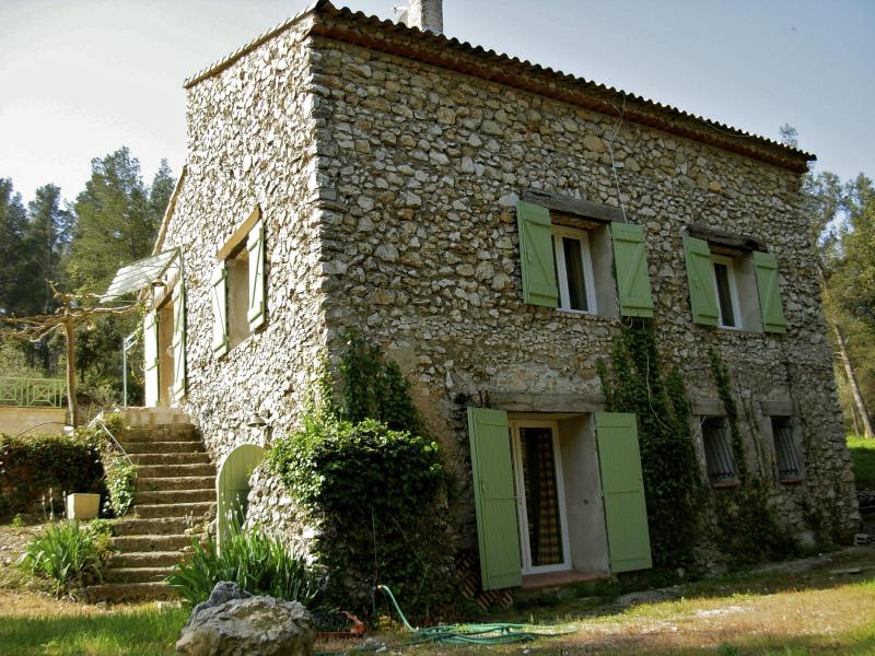With the setting sun of Provence - La Bergerie du Montaiguet, Spacious 3 Bedroom Villa with Grill, Garden, Fireplace - Aix-en-Provence - rentals