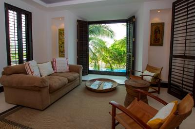 Exquisite 4 Bedroom Condo with Pool in Punta MIta - Image 1 - Punta de Mita - rentals