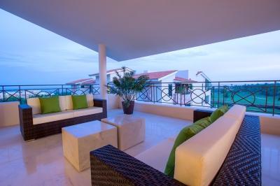 Elegant 4 Bedroom Beachfront Condo in Punta Mita - Image 1 - Punta de Mita - rentals