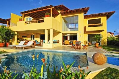 Astounding 4 Bedroom Villa with Private Whirlpool & Swimming Pool in Punta Mita - Image 1 - Punta de Mita - rentals